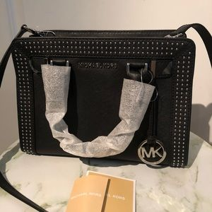 Black Michael Kors purse/satchel